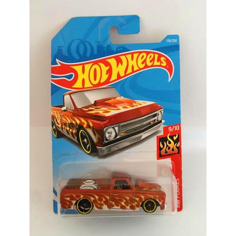 Hot Wheels - 67 Chevy C10 Vermelho - Mainline 2019