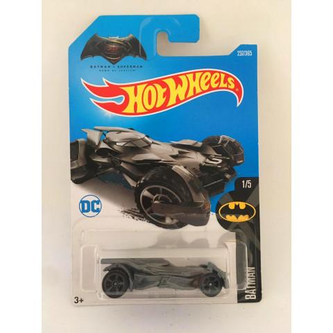 Hot Wheels - Batmobile Cinza - Batman v Superman Dawn of Justice - Mainline 2016
