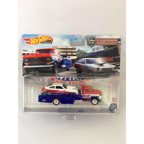 Hot Wheels - 74 Chevrolet Vega Pro Stock / Horizon Hauler Azul/Branco - Team Transport