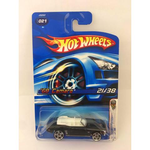 Hot Wheels - 69 camaro Preto - Mainline 2006