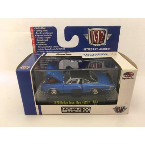 M2 Machines - 1970 Dodge Super Bee Hemi Azul - Mopar Garage - Walmart