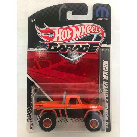 Hot Wheels - 70 Dodge Power Wagon Preto/Laranja - Garage