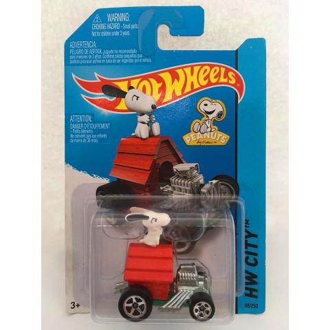Hot Wheels - Snoopy Vermelho - Peanuts - Mainline 2014