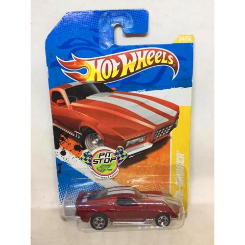 Hot Wheels - Blvd. Bruiser Vermelho - Mainline 2011
