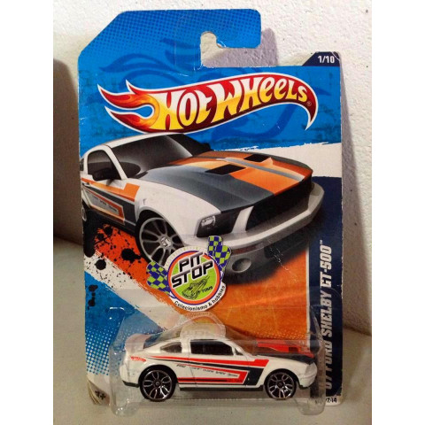 Hot Wheels - 07 Ford Shelby GT 500 Branco - Mainline 2011