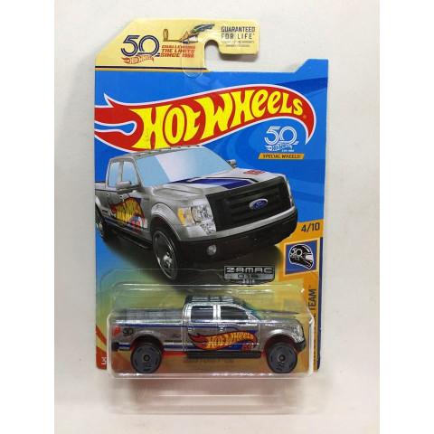 Hot Wheels - 2009 Ford F-150 Cinza - Mainline 2018 - 50th - Zamac