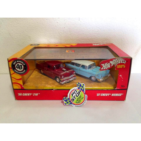 Hot Wheels - 56 Chevy 210 Vermelho & 57 Chevy Nomad Azul - 40th Anniversary - Hot Wheels 100%