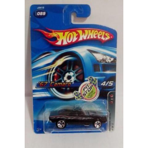 Hot Wheels - 67 Camaro Preto - Roda 5SP - Mainline 2006
