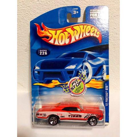 Hot Wheels - 67 Pontiac GTO Laranja - Mainline 2001