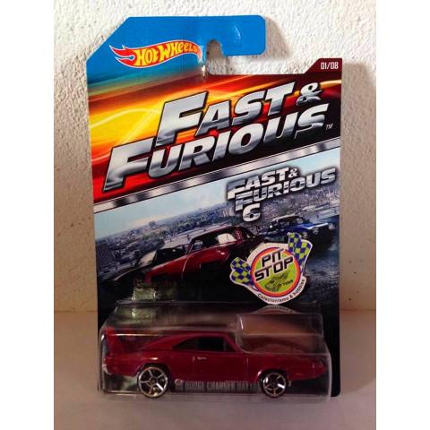 Hot Wheels - 69 Dodge Charger Daytona Vinho - Fast & Furious