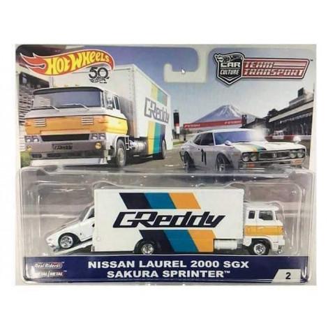 Hot Wheels - 69 Nissan Lauren 2000 SGX & Sakura Sprinter - Team Transport