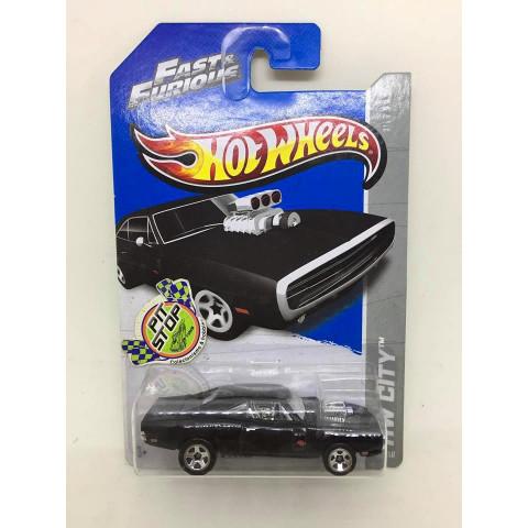 Hot Wheels - 70 Dodge Charger R/T Preto - Mainline 2013