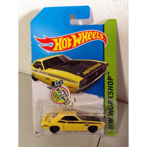 Hot Wheels - 71 Dodge Challenger Amarelo - Mainline 2014