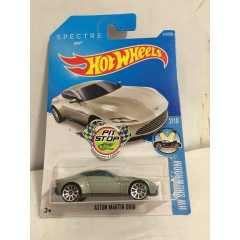Hot Wheels - Aston Martin DB10 Prata - Spectre 007 - Mainline 2016