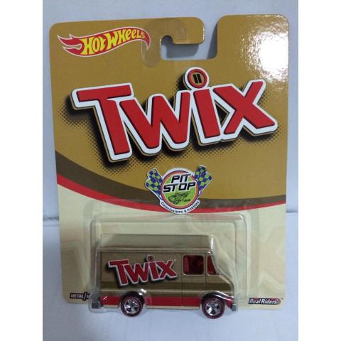Hot Wheels - Combat Medic - Twix - Mars Candy