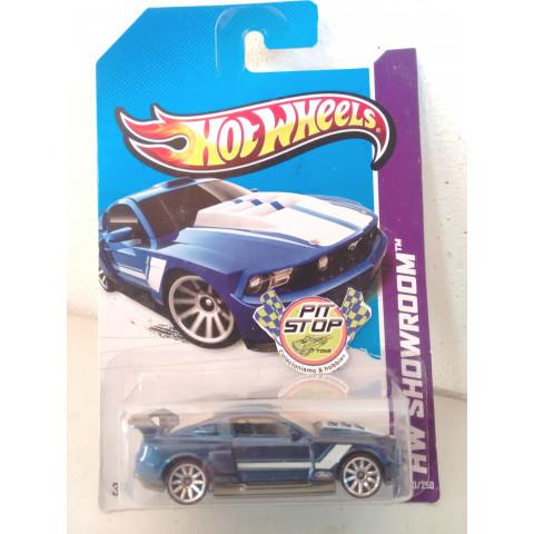 Hot Wheels - Custom 12 Ford Mustang Azul - Mainline 2013