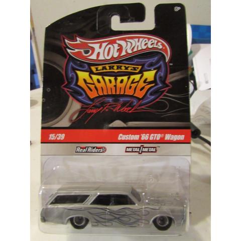 Hot Wheels - Custom 66 GTO Wagon Prata - Garage