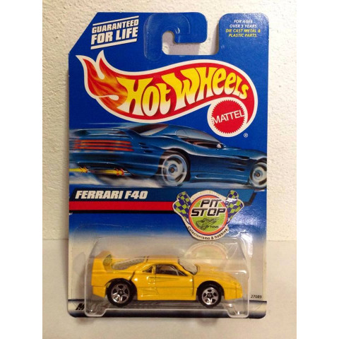 Hot Wheels - Ferrari F40 Amarela - Mainline 2000