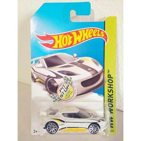 Hot Wheels - Lotus Evora GT4 Branco - Mainline 2014