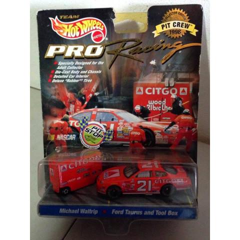 Hot Wheels - Michael Waltrip - Ford Taurus and Tool Box Vermelho - Nascar - Pro Racing