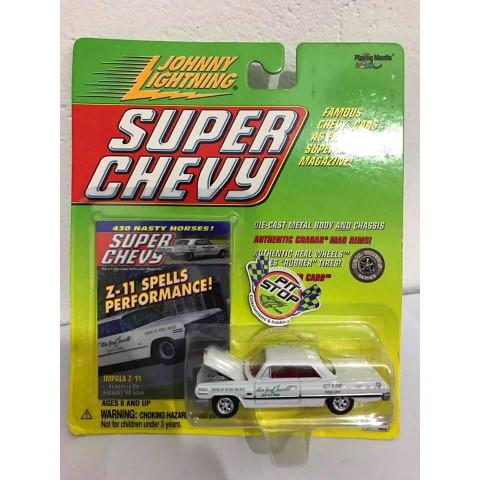 Johnny Lightning - 1963 Impala Z-11 Branco - Super Chevy