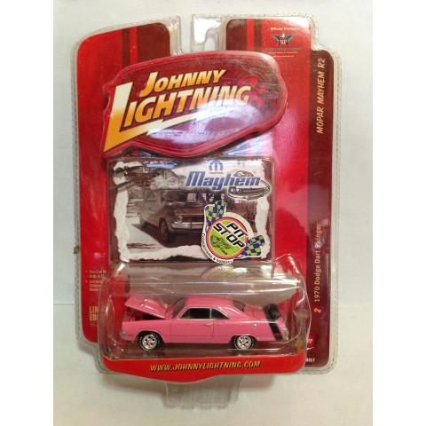 Johnny Lightning - 1970 Dodge Dart Swinger Rosa - Mayhem