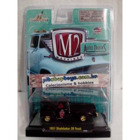 M2 CHASE -  1951 Studebaker 2R Truck - Auto-Trucks