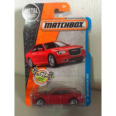 Matchbox - 15 Chrysler 300 Vermelho - Básico 2016
