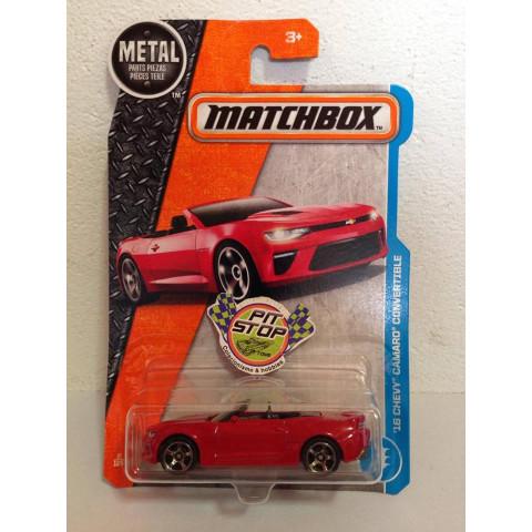 Matchbox - 16 Chevy Camaro Convertible Vermelho - Básico 2017