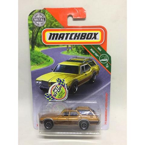 Matchbox - 71 Oldsmobile Vista Cruiser Bege - MBX Road Trip - Básico 2019