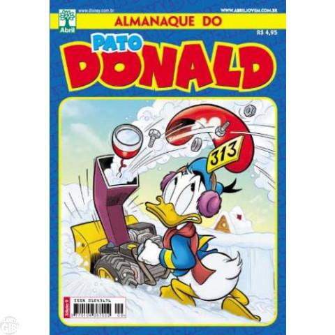 Almanaque do Pato Donald [2ª série] nº 009 ago/2012 - A Glória de Subir 15 Metros - Tony Strobl