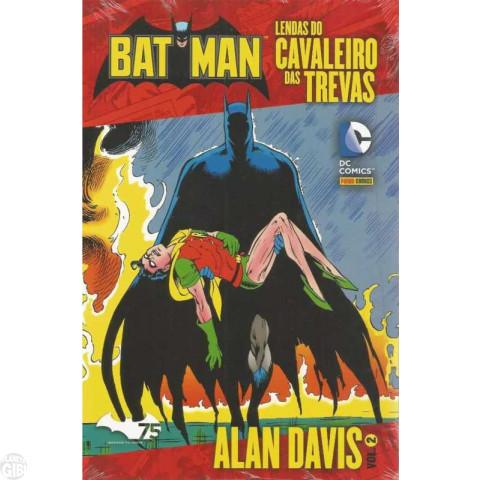 Batman Lendas do Cavaleiro das Trevas - Alan Davis [Panini] nº 002 dez/2014
