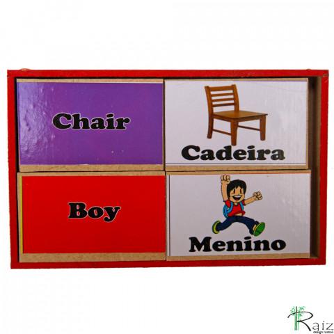 Brinquedo Educativo em Madeira Jogo Bilíngue