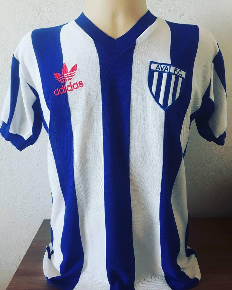 Camisa Retrô do Avaí 1980 - Confecção em até 18 dias úteis.
