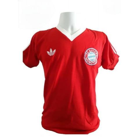 Camisa Retrô do Bayern de Munique - Confecção em até 18 dias úteis.