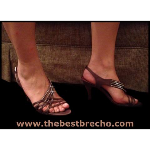 sandália MyShoes marrom
