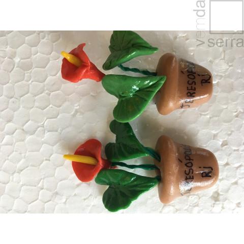 Imã de Geladeria em Biscuit - Flora de Terê - Anturio
