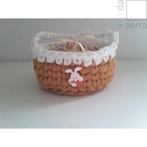 Cestinho em Fio de Malha nas cores mostarda e branco - 12cm