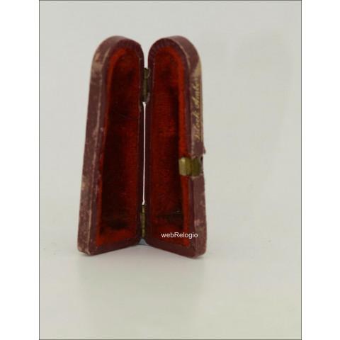 Caixa para cigarros antiga Couro Vermelha. REF.00978