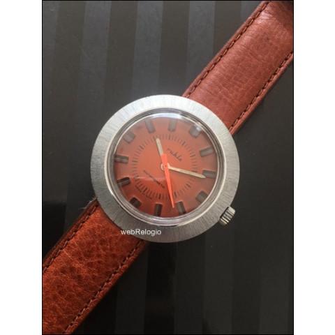 Ruhla Classic Red Maroon. REF.00673